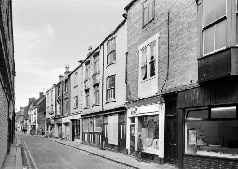Black and white photograph of Fore Bondgate