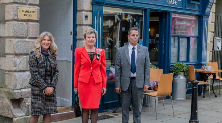 Beryl Anderson, Her Majesty's Lord Lieutenant Sue Snowdon and Cllr Sam Zair